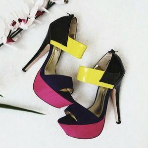 Shoe Dazzle Aamina Heels